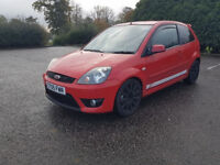 148BHP 2L PETROL ST FORD FIESTA EXCELLENT CONDITION