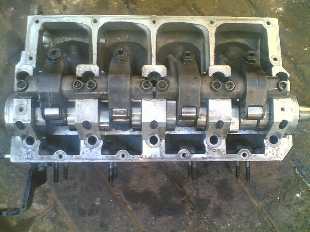 vw transporter1.9tdi engine cylinder head