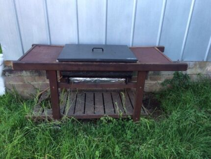 FREE BBQ! (Just needs a good clean & grill plate) Melrose Park Parramatta Area Preview