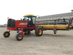 2012 NH H8060 Swather 36', 2 Roto Shears, Roller, Ez-Pilot,524hr Regina Regina Area image 3