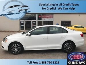 2013 Volkswagen Jetta 2.0 TDI Highline! NAVI! LEATHER! FINANCE N