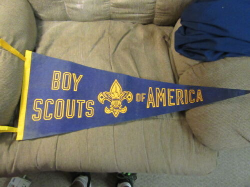 Boy Scouts of America Felt Pennant, 29 Inches Long, Vintage      ptr2