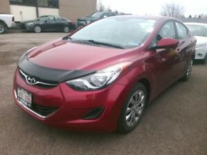 2012 Hyundai Elantra GL automatic - LOW KMS!