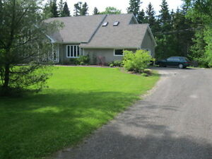 COUNTRY LIVING IN THE CITY. ONLY MINUTES FROM DIEPPE!!!