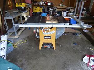 RIDGID TABLE SAW BANC SCIE R4511 REDUCED!!