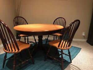 Solid Canadian Maple Wood Table and Chairs for Sale