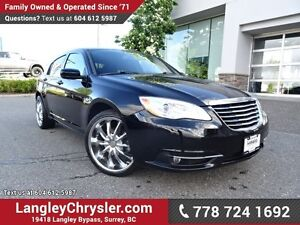 2012 Chrysler 200 Touring ACCIDENT FREE w/ U-CONNECT BLUETOOT...
