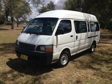 1999 Toyota Hiace LH125R Commuter White 5 Speed Manual Bus Coonamble Coonamble Area Preview