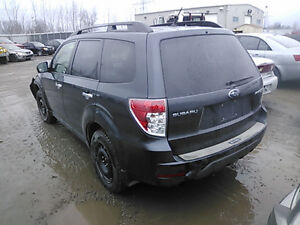 2010 SUBARU FORESTER LIMITED ** COMPLETE PART OUT ** GREY Kitchener / Waterloo Kitchener Area image 3