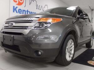 2015 Ford Explorer XLT- keyless entry, power heated seats, and a