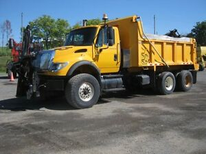 2005 International 7600 Plow Truck