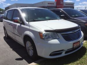 2012 Chrysler Town & Country Rare Limited/ Clean Carproof/ Marke