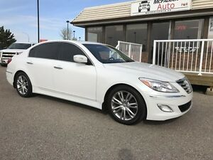 2013 Hyundai Genesis Sedan Tech Package, Local Trade