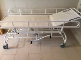 FREEWAY height adjustable mobility shower trolley with adjustable back/head rest