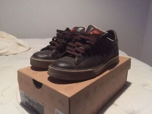 Nike Sweet Classic brown leather shoes