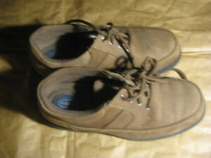 Dr scholl's leather shoes. Brown  color. Size USA 8 women. $15
