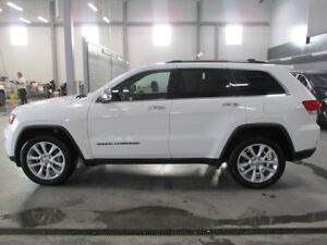 2017 Jeep Grand Cherokee LIMITED 4X4 with TRAILER TOW PKG