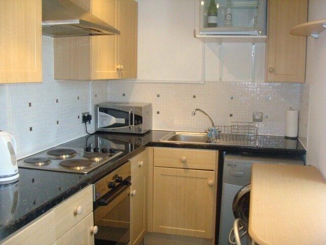 Modern Spacious One Bedroom Flat located in Vicars Bridge Close Alperton, Close to tube & shops