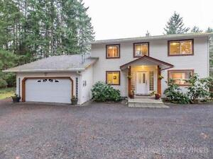 Peaceful Country Living - 2065 Caledonia Avenue