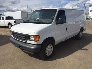 2005 Ford E250 CARGO - FULL SHELVING UNIT INCLUDING PARTITION