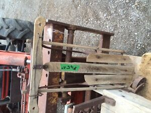 REDUCED Antique scale and sleigh London Ontario image 3