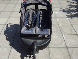 poussette double baby trend expédition