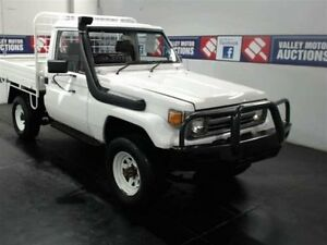 1995 Toyota Landcruiser HZJ75RP (4x4) White 5 Speed Manual 4x4 Cardiff Lake Macquarie Area Preview