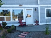 2 bedroom walk-out suite in 4 yr old home