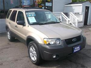 2007 FORD ESCAPE XLT * 157,000 KMS * 4X4 * POWER GLASS SUNROOF *