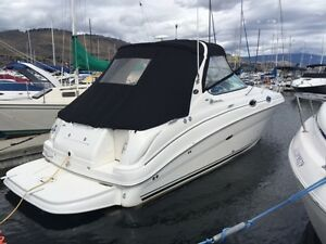 Immaculate 2006 Sea Ray Cruiser with Trailer & Zodiac Tender