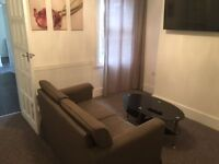 RB Estate welcome you this lovely ground floor apartment!