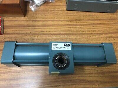 Parker Pnuematic Schrader Bellows Valve 3461-37-180