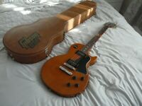 Gibson Les Paul jr Special 2002 with original Gibson Tan hard case.