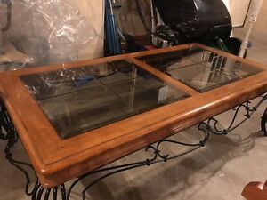Mahogany coffee table with 2 side tables-glass insert