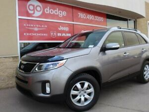 2015 Kia Sorento LX / Heated Front Seats
