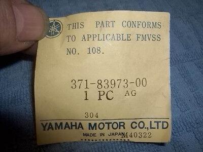 Yamaha OEM NOS handlebar switch horn hi low 371-83973-00 TX500 TX650 XS500 #0508