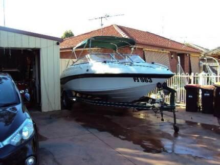 Crownline BR180 boat
