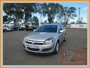 2006 Holden Astra AH MY06 CDXi Silver 4 Speed Automatic Hatchback Warwick Farm Liverpool Area Preview