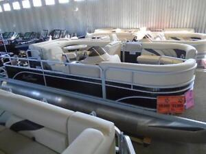Sunchaser 8520 Classic Cruise / 50 hp - Only $22,995