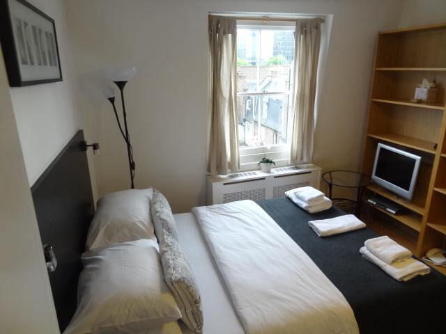 ***Euston*** – Lovely fully furnished bedsit *