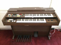 Electric organ - ONLY £10!!
