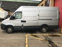 Iveco Daily 2.3 TD 35S14 MWB High Roof 4dr