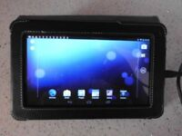 medion 7 inch lifetab tablet with case and charger