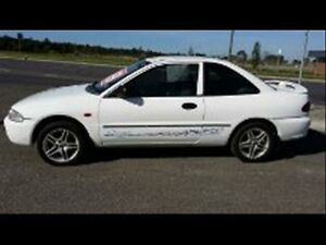 1995 Mitsubishi Lancer CC GLXi White 4 Speed Automatic Hatchback Keysborough Greater Dandenong Preview