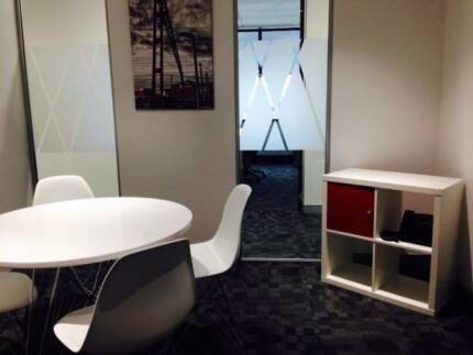 PROFESSIONAL MEETING ROOM AVAIL FOR HIRE – BLACKTOWN CBD Blacktown Blacktown Area Preview