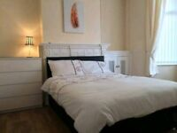 Holiday bookings rooms to let £25 pernight/ perperson. (Airdrie Area)