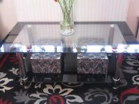 BUNDLE OF X5 BLACK GLASS FURNITURE, COFFEE TABLE, TV UNIT, NEST OF TABLES, CORNER UNIT