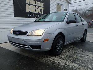 2005 Ford Focus SEDAN SE ZX4 2.0 L