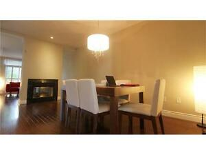 2600 sf, Townhome in Oakville Available for Rent