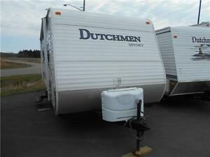 Dutchmen Sport Model 275BH  Trailer with Rear Corner Bunks.
